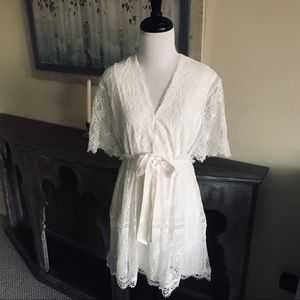 • ALEXIS • Short Sleeve Lace Dress Off White